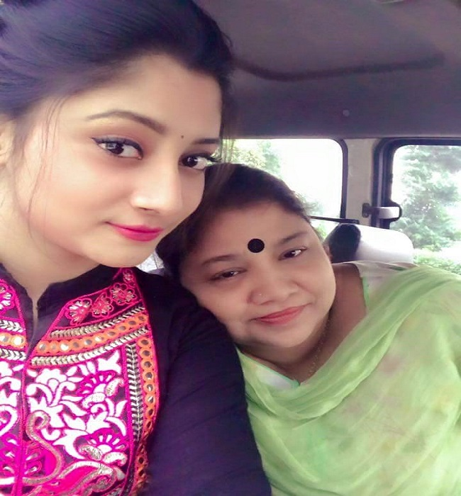 Puja Cherry & Her Mother